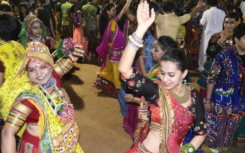 navli Navratri Day 8 With Golden CHeers Group